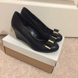 Black Round-toe Wedge - New In Box